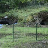 Dsc 0565 la chapelle aux saints grotte ou a ete decouvert l homme de neandertal 17 08 2011 copie 01